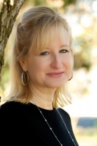 Author Tina Leonard